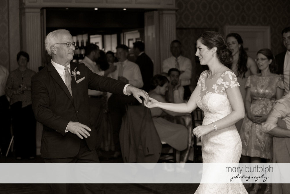 Bride dances with her father at Skaneateles Country Club Wedding