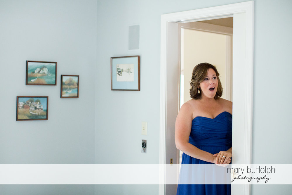 A guest is surprised at what she sees at the Lodge at Welch Allyn Wedding