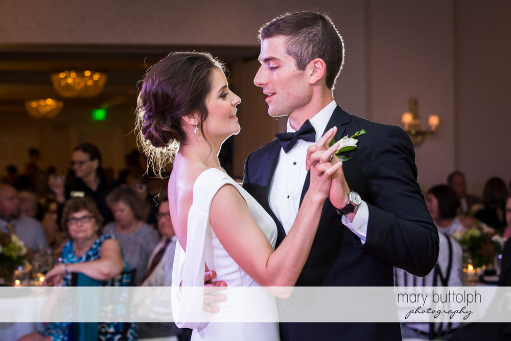 Couple dance at the wedding reception at Genesee Grande Hotel Wedding