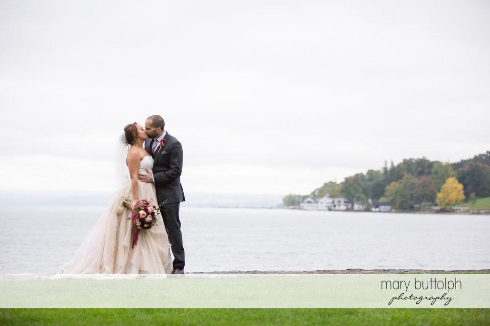 Couple share a kiss at Sherwood Inn Wedding