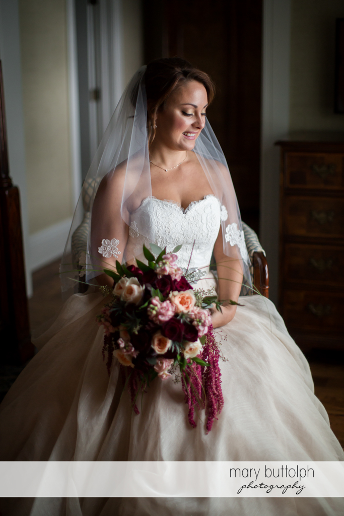 Bride with flowers at Sherwood Inn Wedding