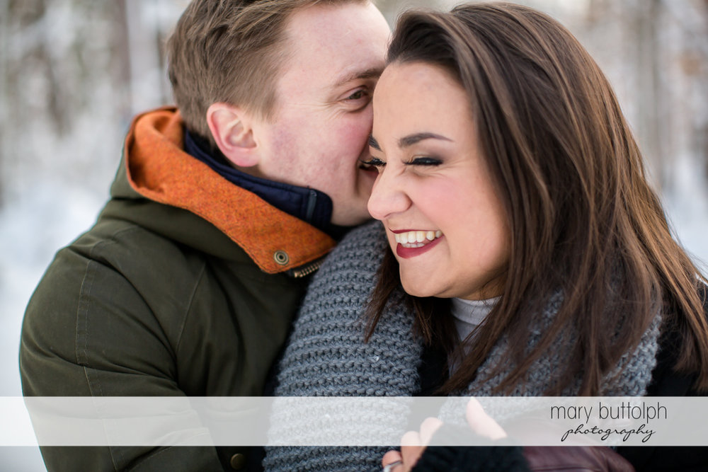 Couple get close at Highland Forest Engagement
