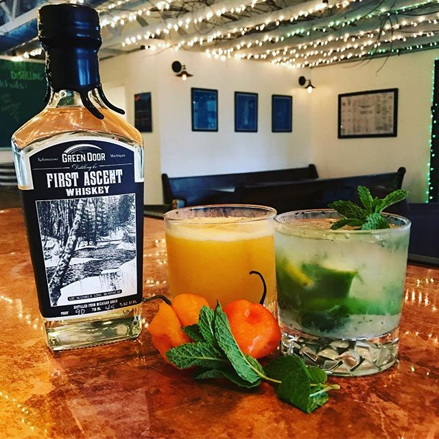 This weeks featured cocktails for your taste buds.  Green Door Adventure: First Ascent, Muddled Lime & Mint, Symple Syrup, & Seltzer Water.  Mango Surfer: First Ascent, Mango, Habanero, Carrot, Orange Bitters, & Vanilla Orange Liquor. * * * #mixology #makingart #michigan #kzoo #changingthegame #muddled #wemakestuff #micraftspirits #craftdistilling #jointheadventure #exploreeverything