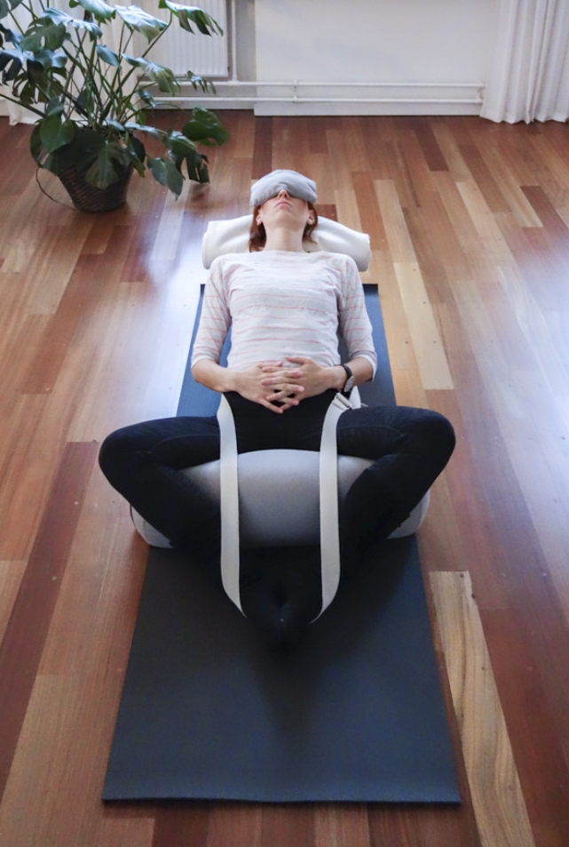 mave-hjernen-restorativ-yoga.jpg