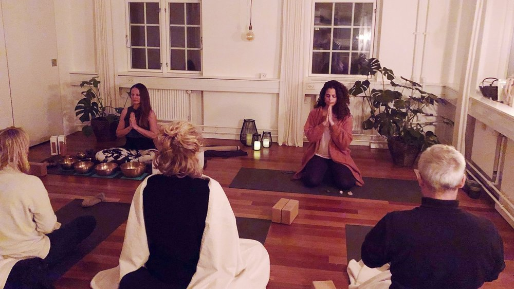 THE+ART+OF+HEALING+THROUGH+YOGA+AND+SOUND+.jpg
