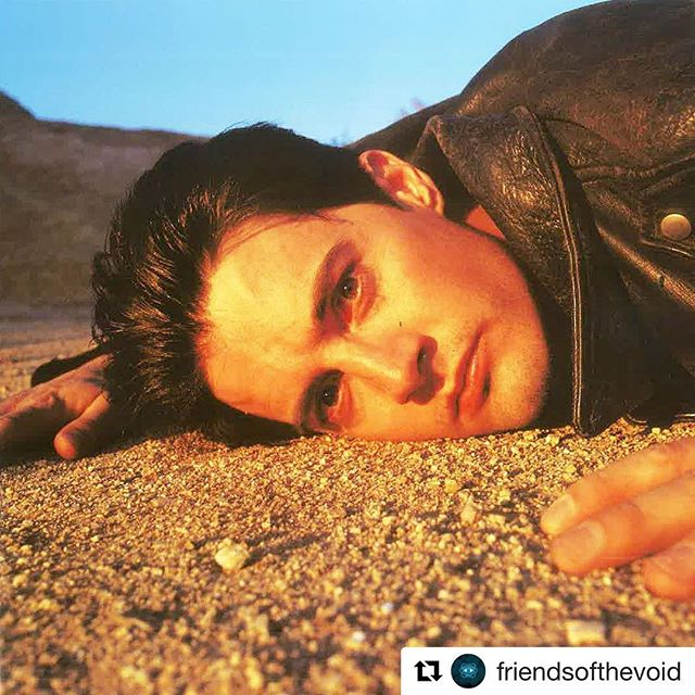 #Repost @friendsofthevoid #kylemaclachlan 💁🏻‍♂️