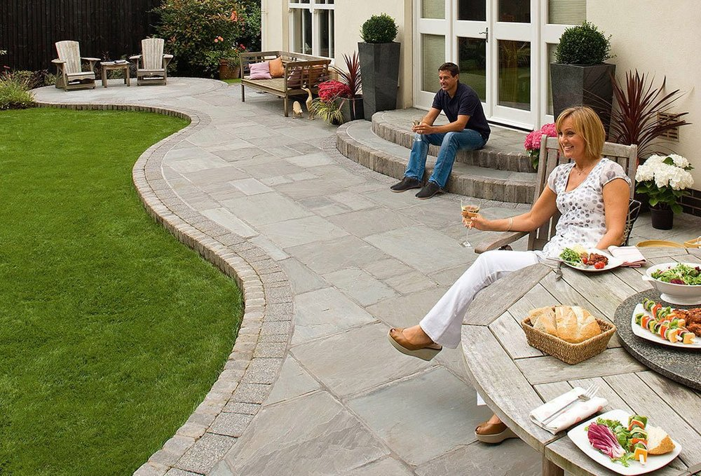 Bluestone or Sandstone for your Middletown, NJ Landscape?