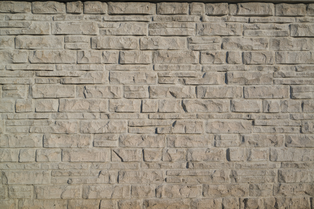 4 Tips for Adding Style with Stone Veneer to a Backyard in Brick NJ