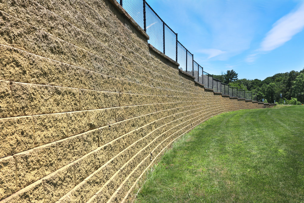 What You Need to Know About Building a Large Concrete Block Retaining Wall in Colts Neck, NJ