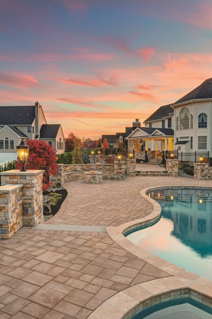 5 Benefits of Choosing Stone Veneer for Your Fire Pit in Brick, NJ
