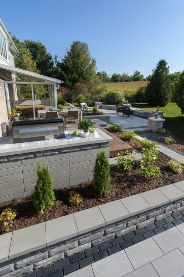 How Retaining Wall Blocks Would Benefit Your Brick, NJ, Landscape