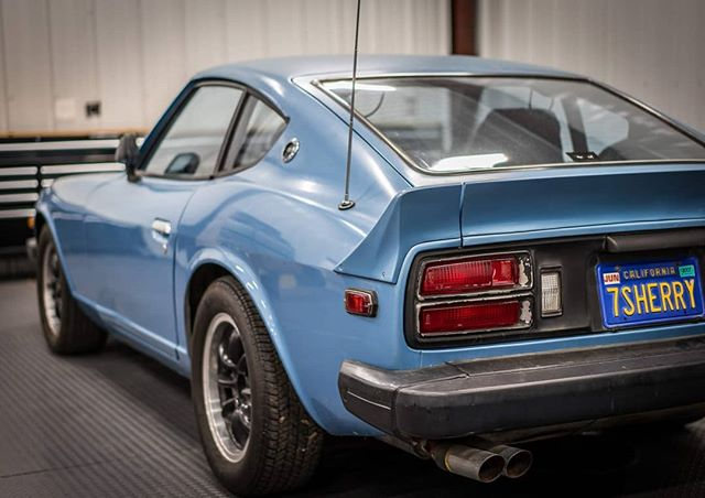 Such a classic shape. It will be a challenge to fit 275's in a way that doesn't ruin the lines of the car. Bolt-on fenders look cool, but I want to try something unique... . . . #datsun #240z #260z #280z #fairladyz #nissan #nismo #classic #jdm #s30 #racecar #vk56 #v8 #engine #swap #fabrication #carphotography #photooftheday #sony #a7riii