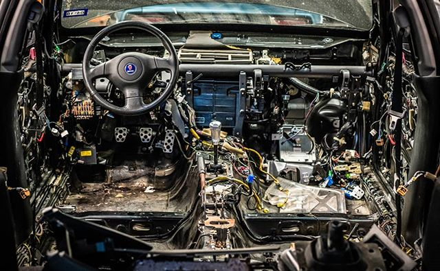 The previous owner smartly pulled the interior out ASAP after the Saabmarine flooded up to the dash in Hurricane Harvey in Aug. 2017. It's a bit overwhelming as a starting point, but since this is going to be a track car, I guess I'll look at it as a head start? . . . #saabmarine #saabaru #saab #92x #wrx #subaru #subie #gm #boost #turbo #racecar #awd #car #photography #sony #a7riii #project #flooded #jdm #wagon #hatch #racing #photooftheday #carphotography #wiring #flooded #corrosion
