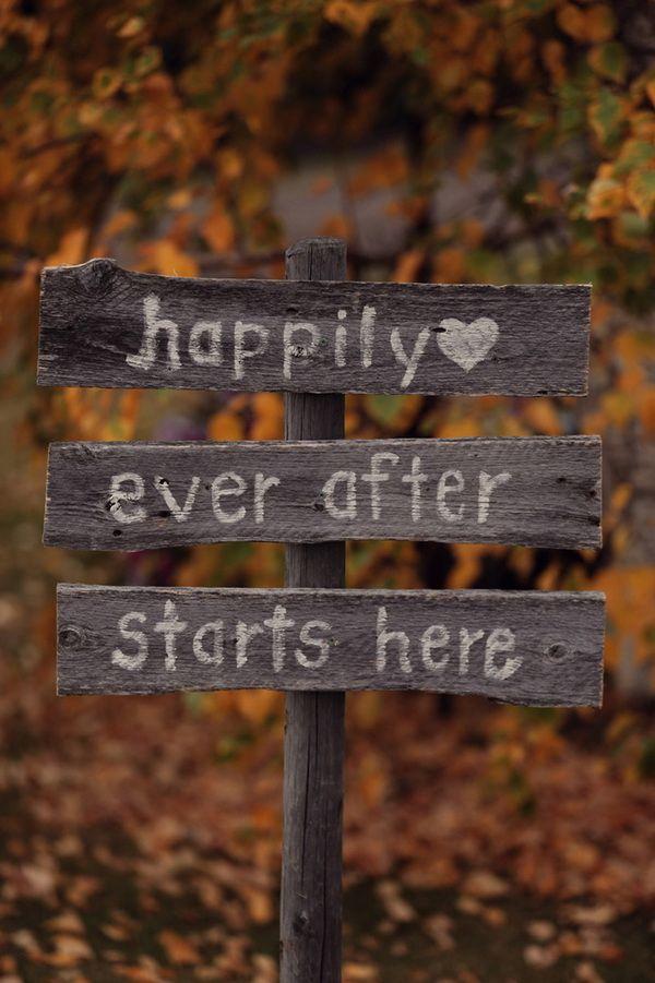 rustic-fall-wedding-signs.jpg