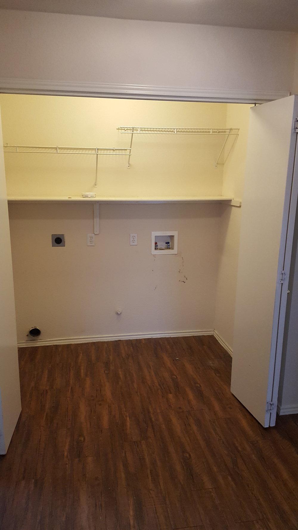 531 Britini Loop closet.jpg
