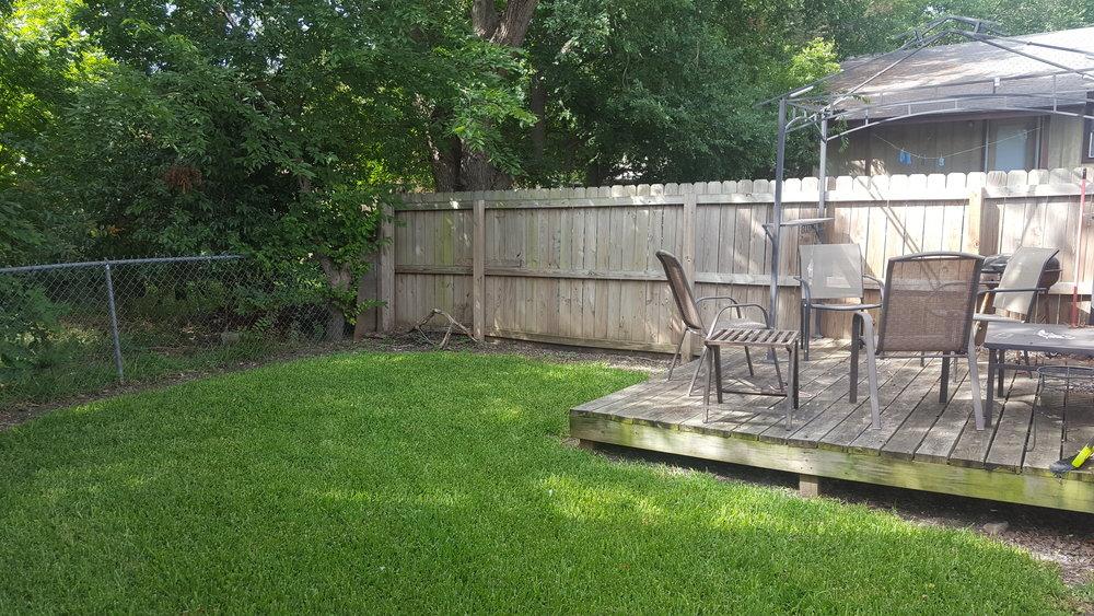 jones 1112 backyard.jpg