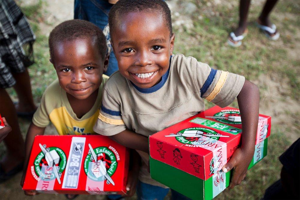 operation christmas child kids.jpg