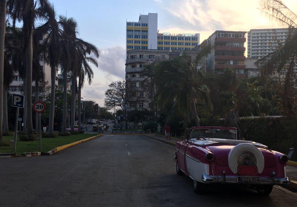 Havana, Oh Na Na - 7 people, 6 days, 5 nights