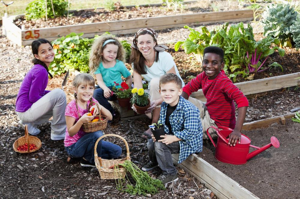 Group-of-Kids-Community-Garden.jpg