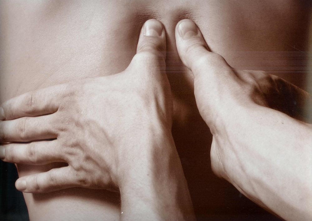 ostéopathie pour douleurs au dos et au cou