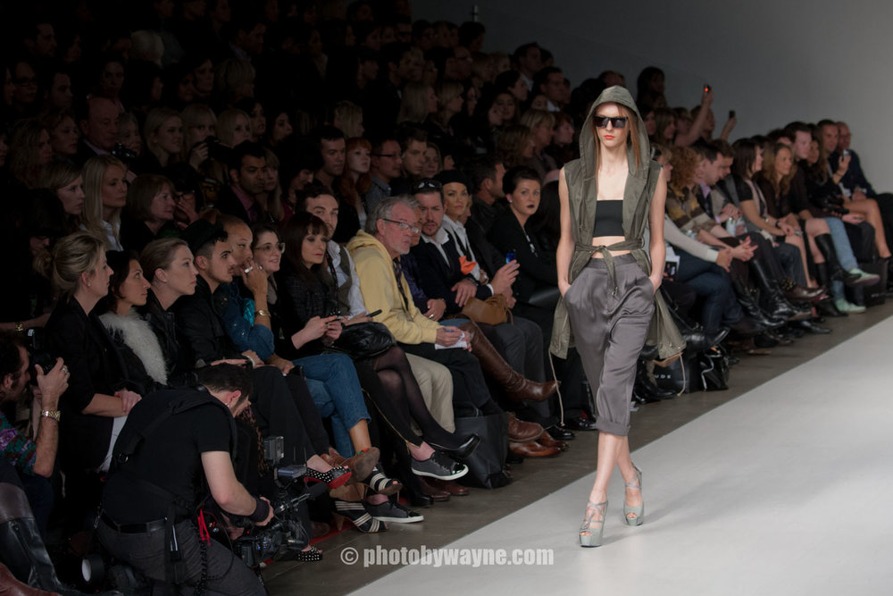 toronto-fashion-show-runway-audience.jpg