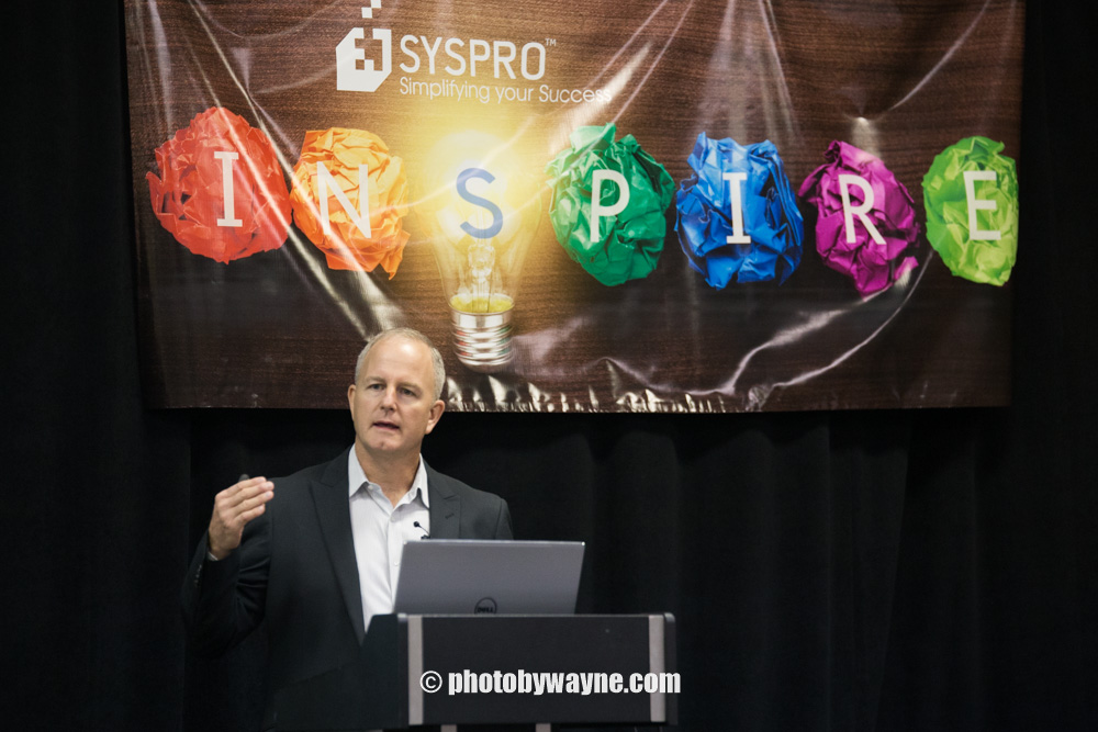 keynote-speech-corporate-photography-toronto