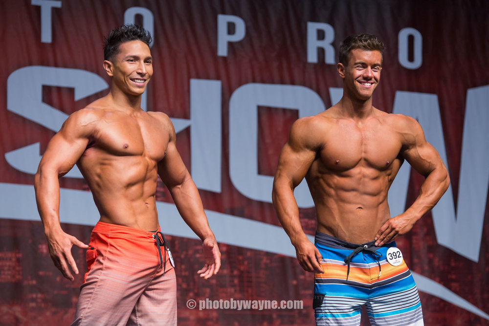 25-toronto-pro-supershow-top-two-male-fitness-models.jpg