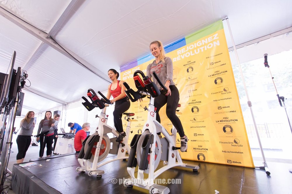 03-Toronto-JDRF-charity-ride-coaches.jpg