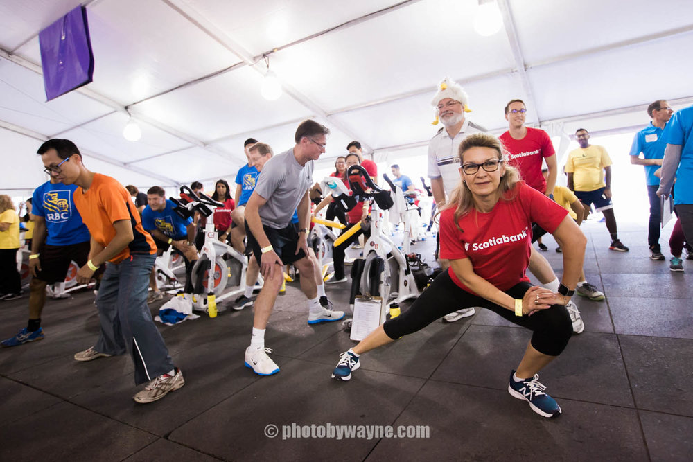 12-JDRF-charity-ride-Toronto-warmup.jpg