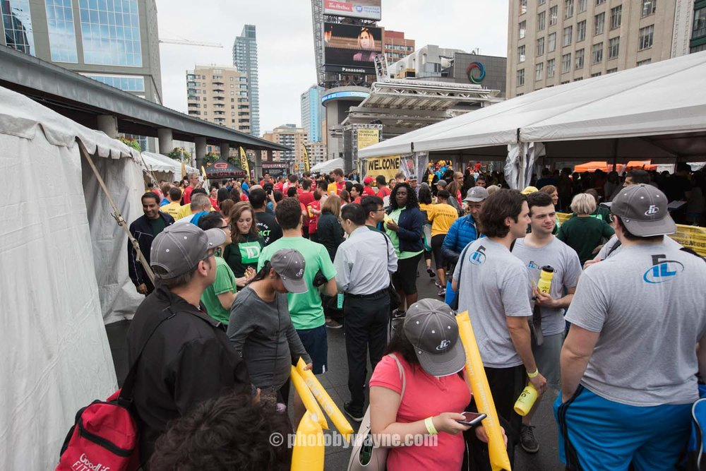 21-JDRF-Toronto-charity-ride-yonge-dundas-square.jpg