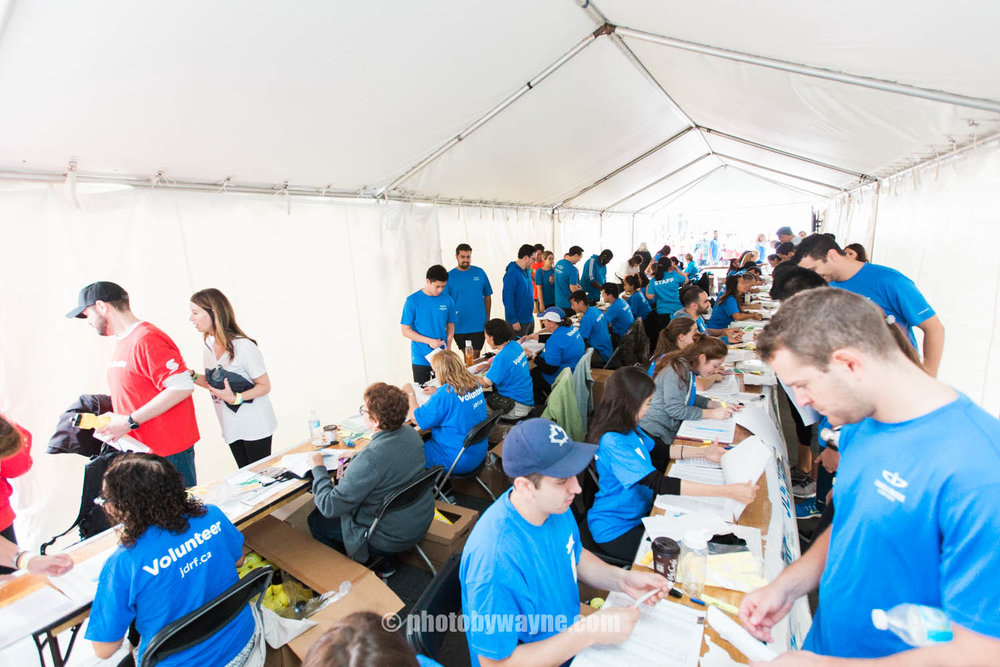 23-JDRF-Toronto-charity-ride-registration-tent.jpg