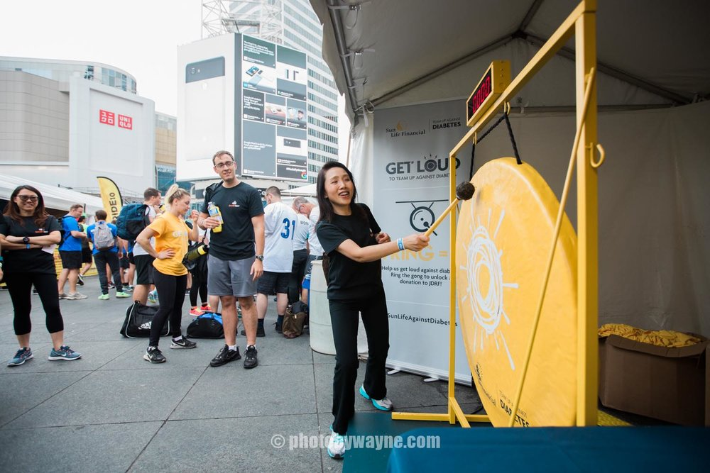 24-JDRF-Toronto-charity-ride-sunlife-vendor-booth.jpg