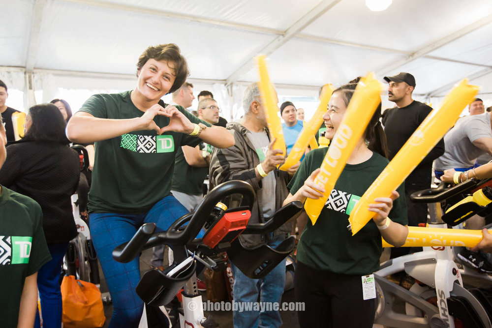 34-JDRF-Toronto-charity-ride-td-bank-team.jpg