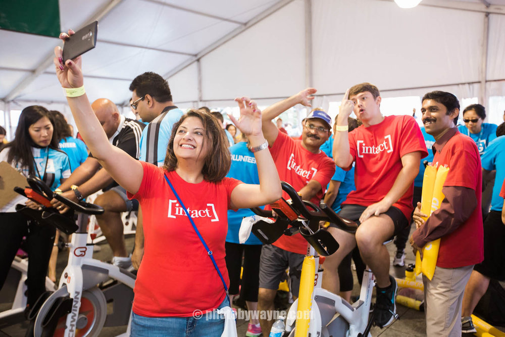 41-JDRF-Toronto-charity-ride-intact-financial-team.jpg