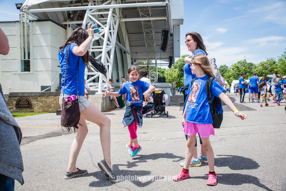 70-family-partcipate-in-jdrf-charity-walk.jpg