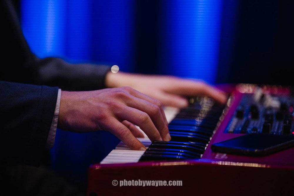 pianist-performing-at-corporate-event-dinner.jpg