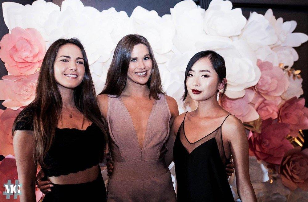 MONDAY GIRL PRESENTS:THE LADIES ROOM - June 3, 2017
