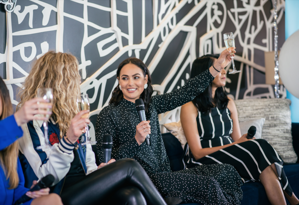 WANT TO JOIN THE MONDAY GIRL COMMUNITY? - Connect. Create. Collaborate.