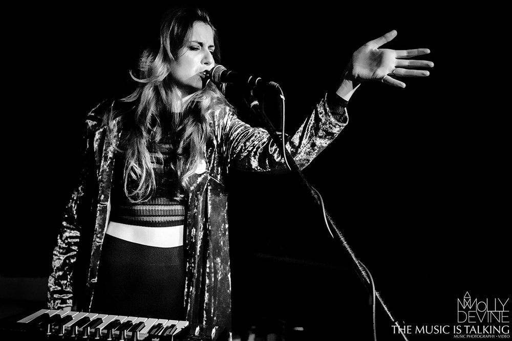 Molly Devine © Alexander Hallag-3146.jpg