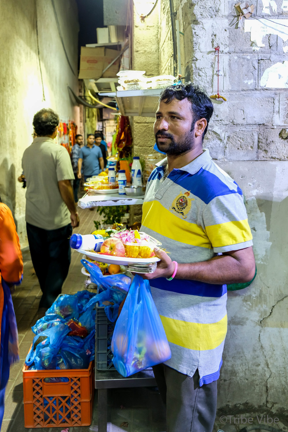 streets near the Temple in bur Dubai2.jpg