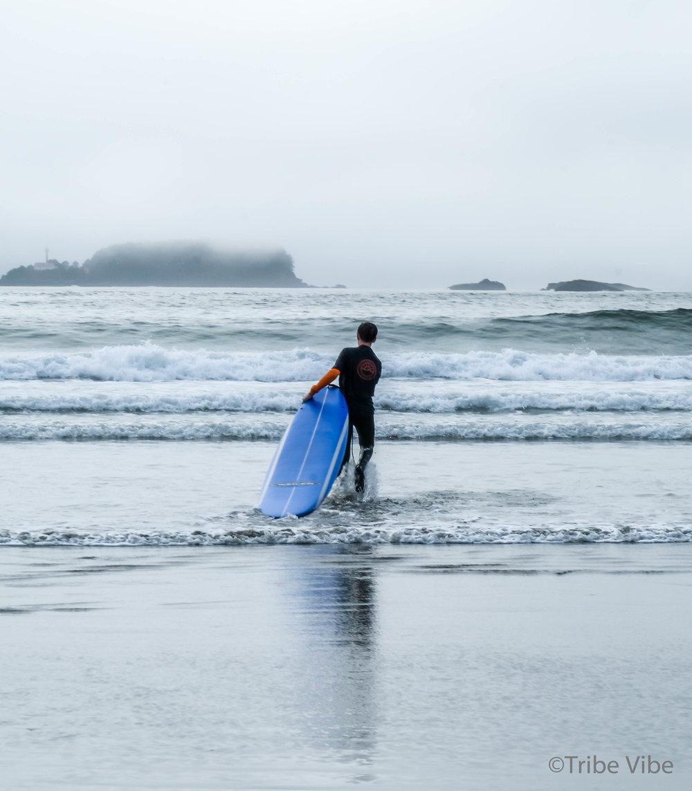 tofino surfing cox bay.77.jpg