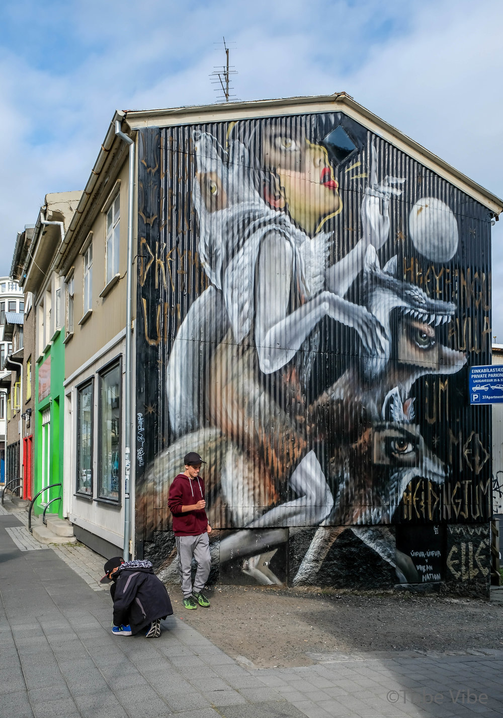 Reykjavik Graffiti Iceland 5.jpg