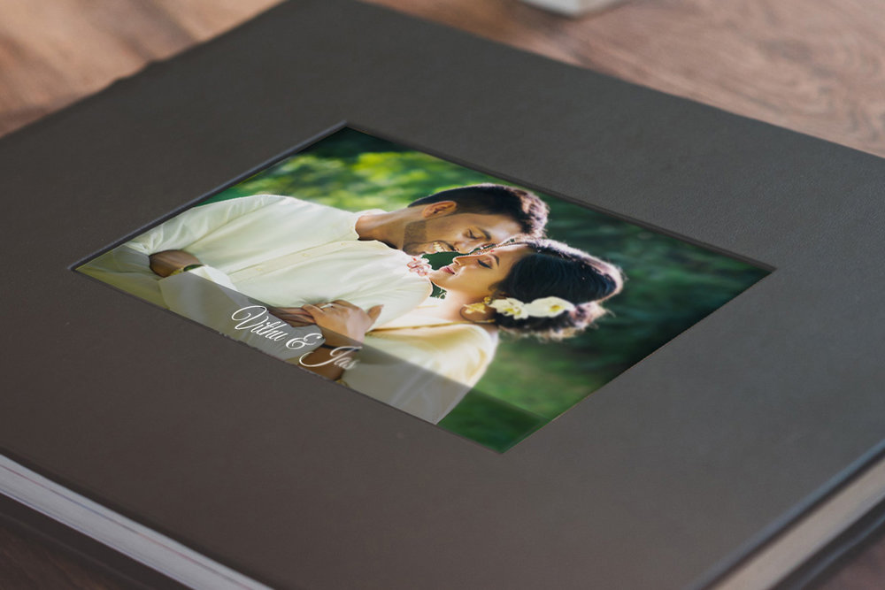 ₹2000: Leather with Photo Inlay
