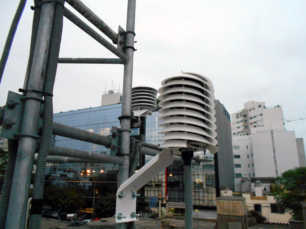 Sensor: MeteoShield, helical radiation shield. Location: Peru met tower
