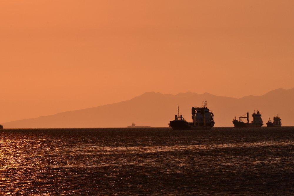 Golden sunset at Manila bay