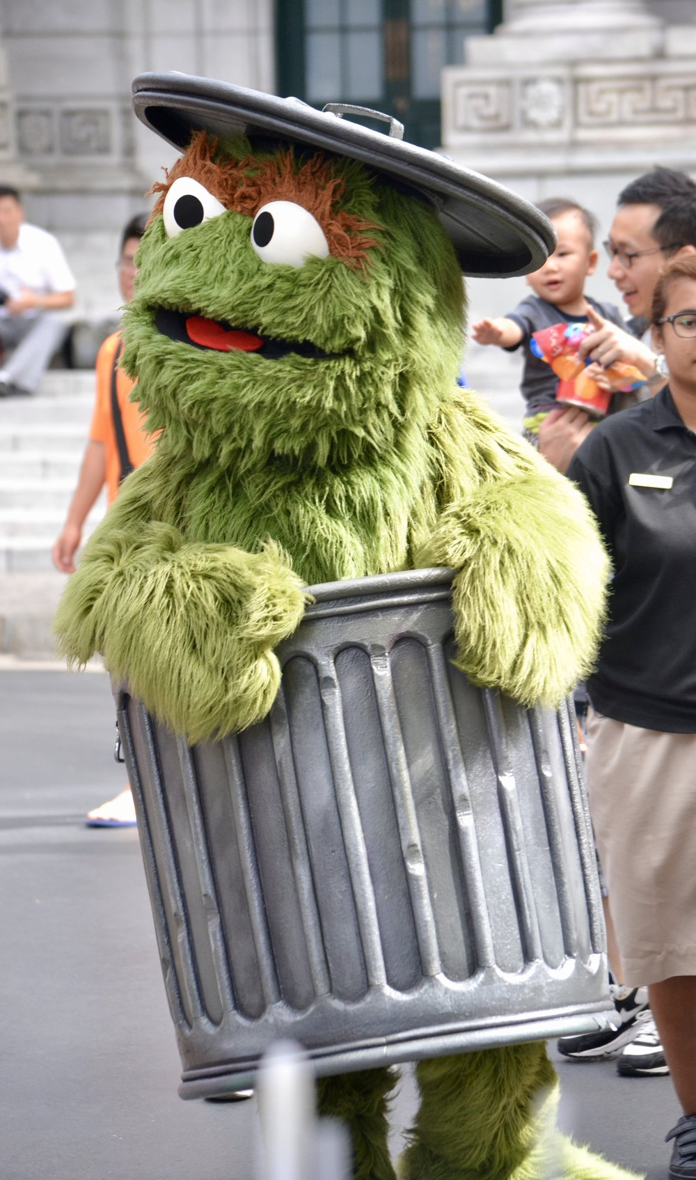Oscar the Grouch at Universal Studios Singapore