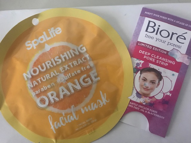 PGP Belle Ashley uses facial masks to make her skin glow during the winter. Not only does a facial mask help with your sparkle it provides some downtime for self-care!
