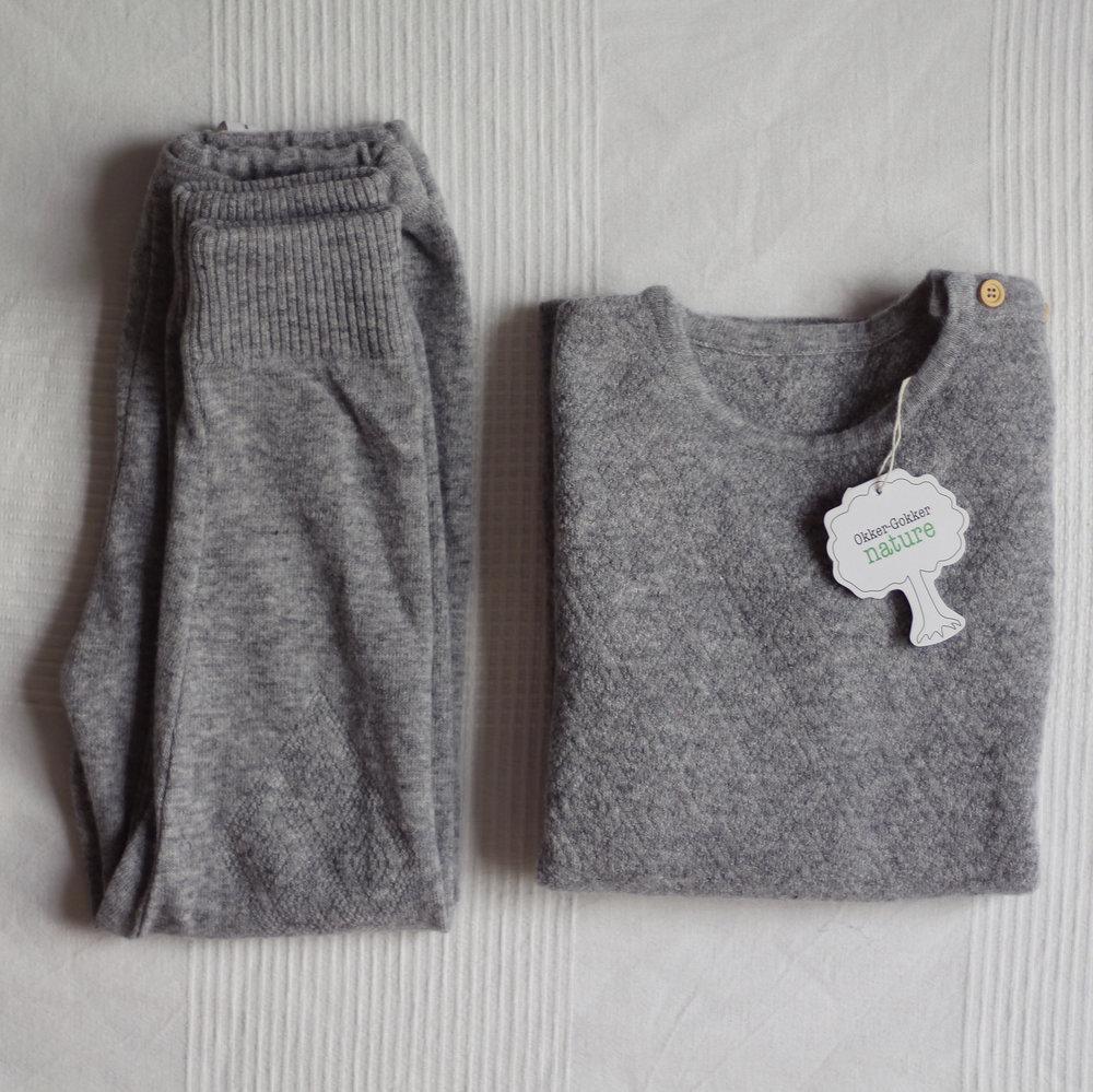 Leggings  och  tröja  i 100% ekologisk ull