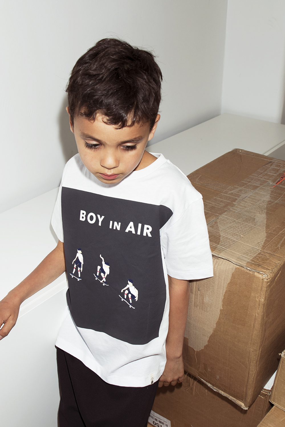 popupshop boy in air