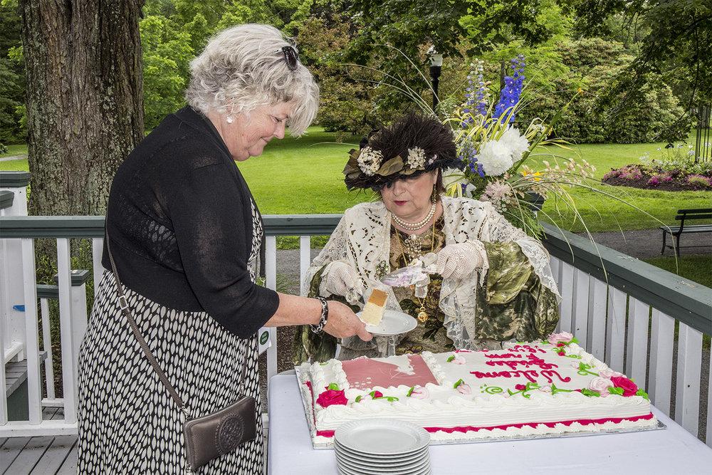 Cutting cake 2.jpg